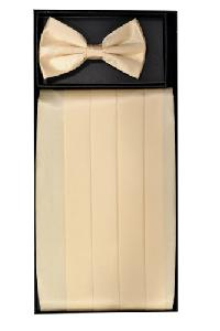 Cummerbund and Bowtie Set (Ivory Silk Satin)